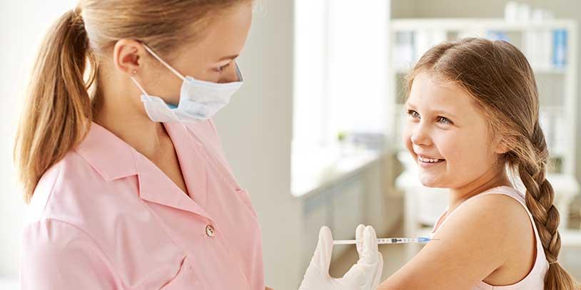 Lista autorización sanitaria exprés para vacunas contra el covid-19