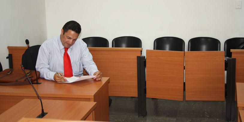Inspectores de policía no pueden ejercer funciones jurisdiccionales por comisión de los jueces