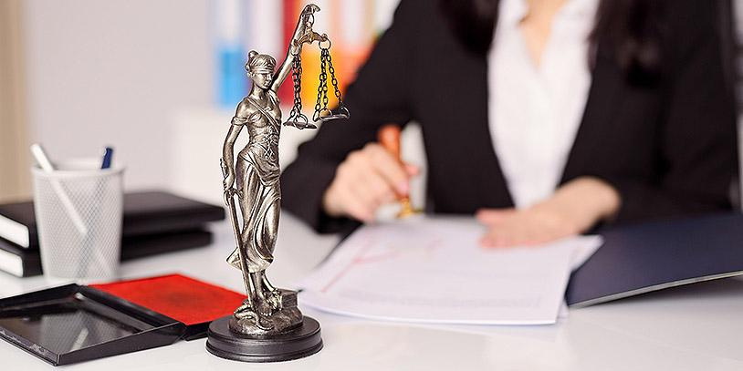 Resultado de imagen para cual es el labor del abogado