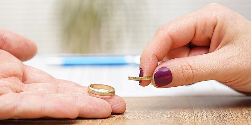 Más de 11 mil parejas se casaron por lo civil, en el primer trimestre del 2019 (Bigstockphoto)